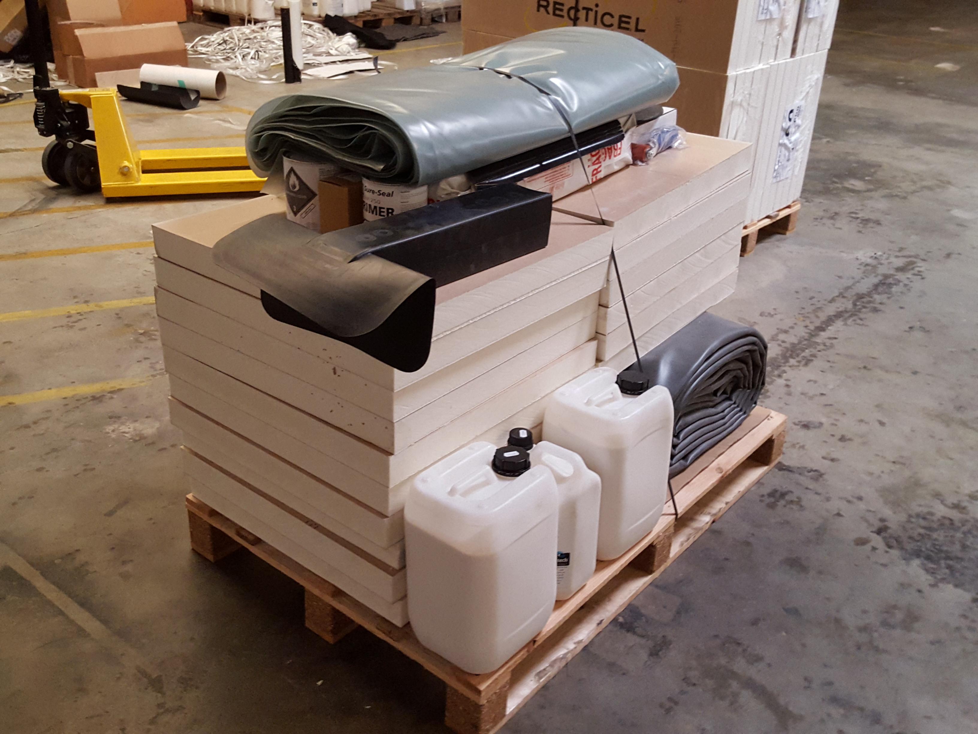 plaque d 39 isolant de 60x60cm et 60mm d 39 paisseur. Black Bedroom Furniture Sets. Home Design Ideas