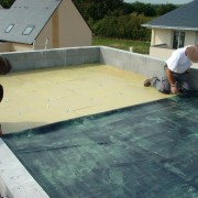 Double encollage avec colle de contact pour EPDM