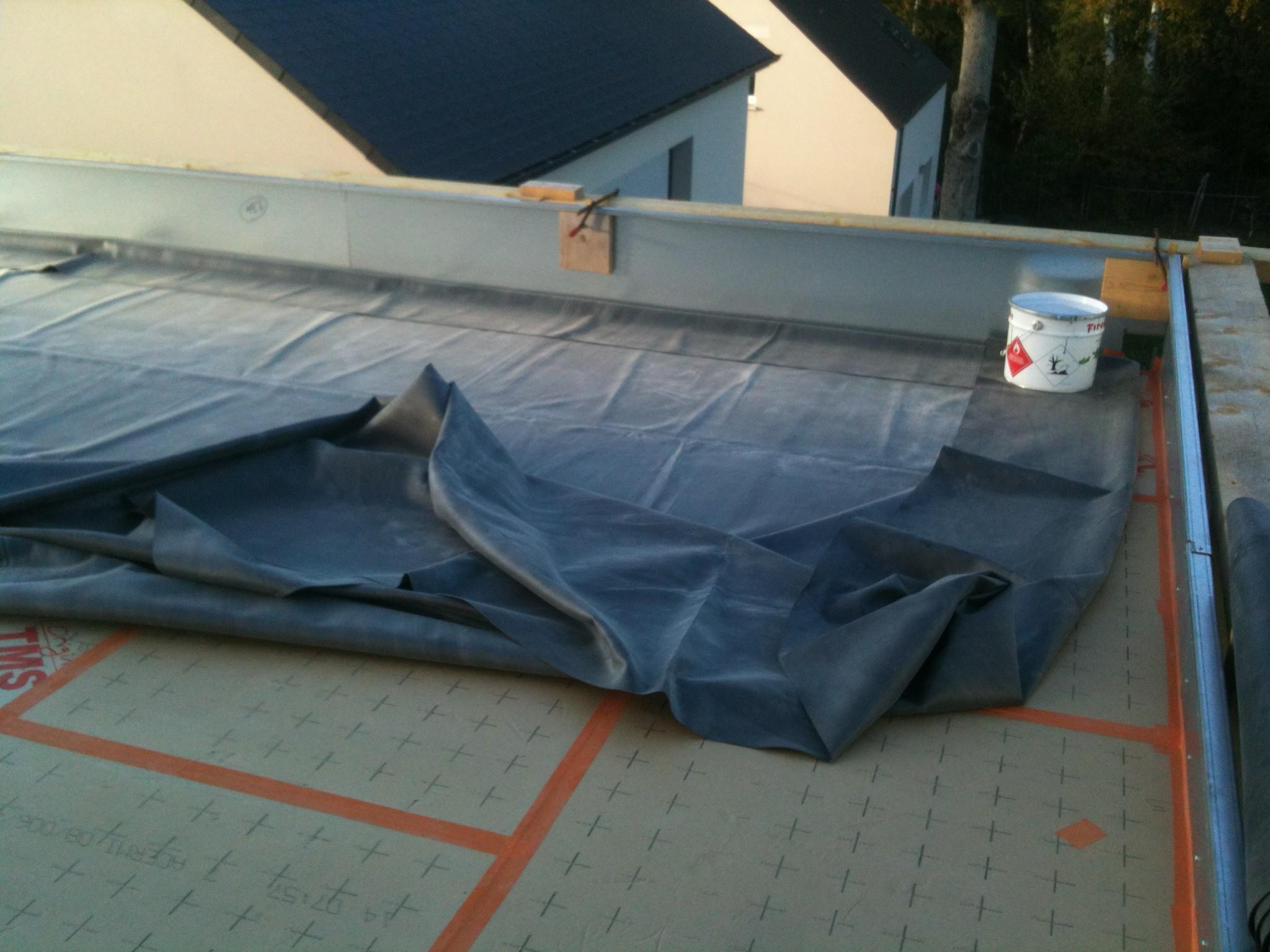 Application de vos b ches epdm pour bassin et toiture for Bache a bassin epdm