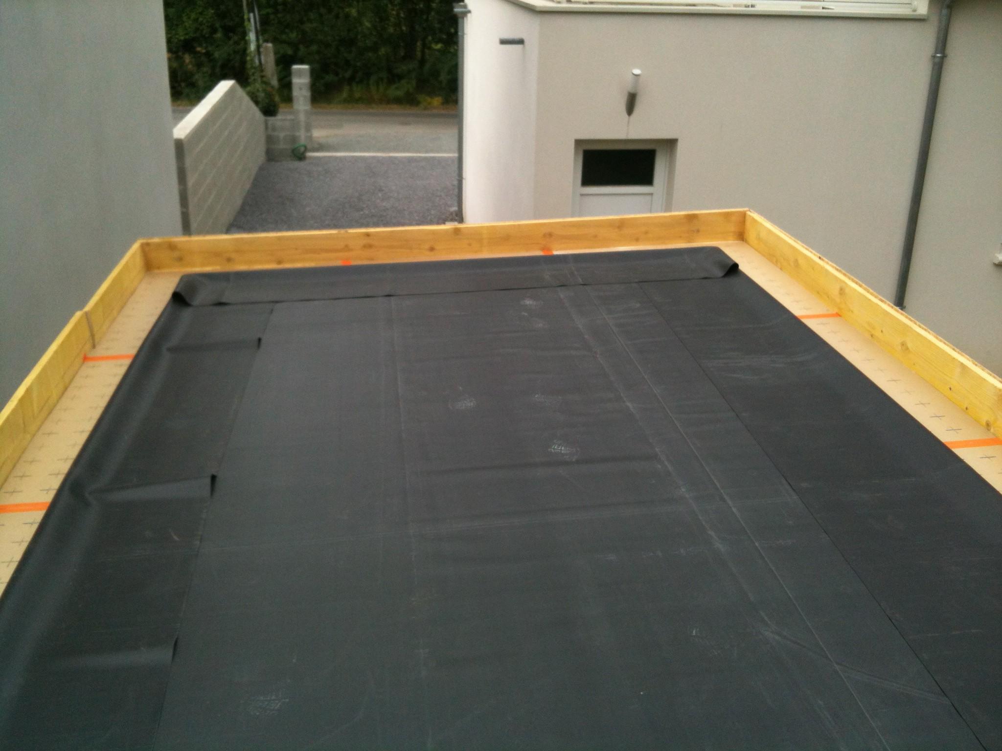 application de vos b ches epdm pour bassin et toiture. Black Bedroom Furniture Sets. Home Design Ideas