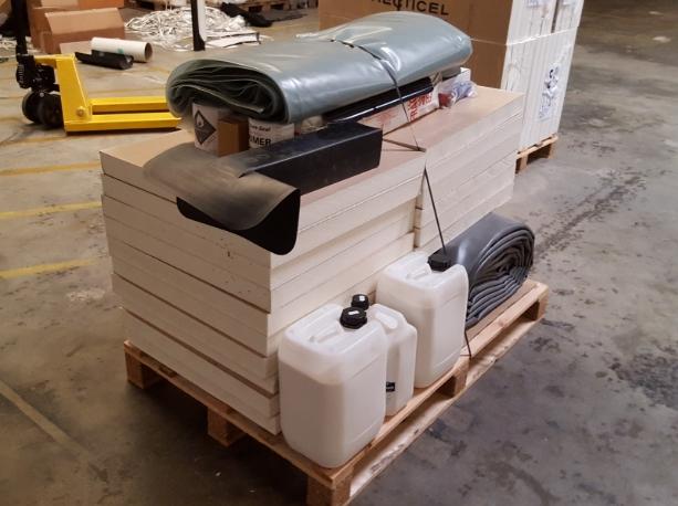 plaque d 39 isolant de 60x60cm et 120mm d 39 paisseur. Black Bedroom Furniture Sets. Home Design Ideas